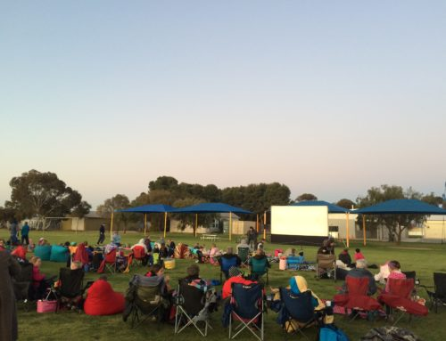Show an Outdoor Movie at School with Inflatable Movie Screens